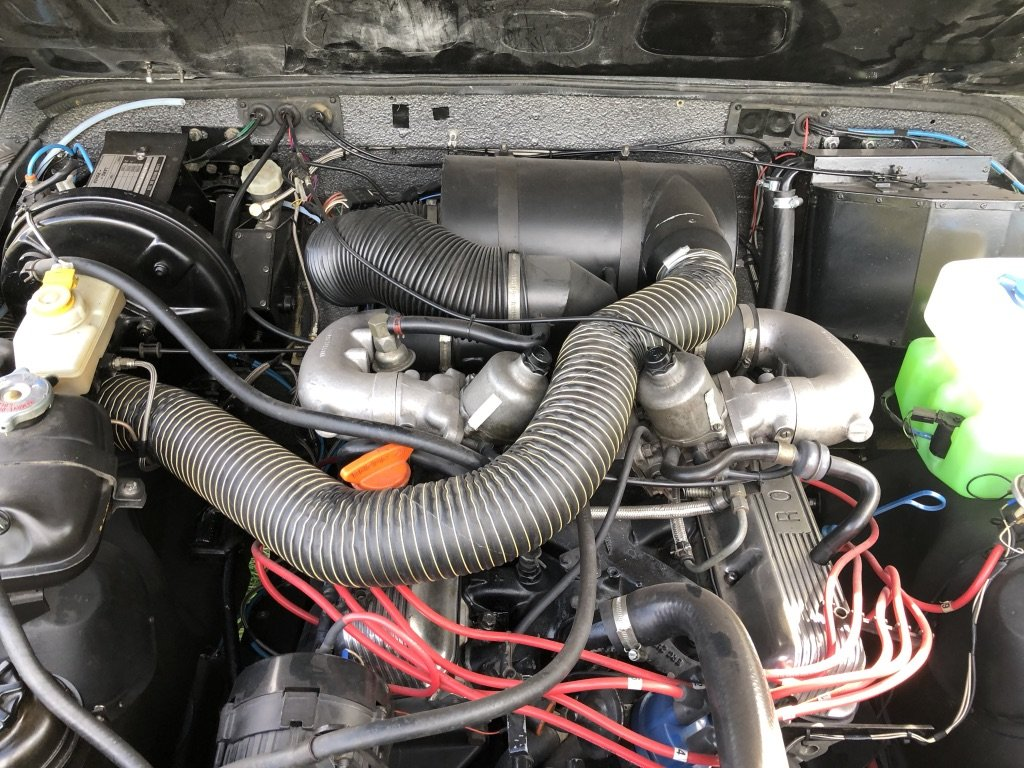 1987 Land Rover Defender 90 - Fully Loaded Factory V8 For Sale (picture 5 of 6)