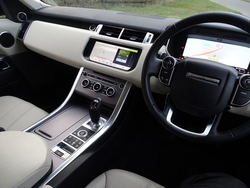 Land Rover  RANGE ROVER SPORT  3.0 SDV6 HSE 2017 MODEL EU6 8 For Sale (picture 6 of 24)