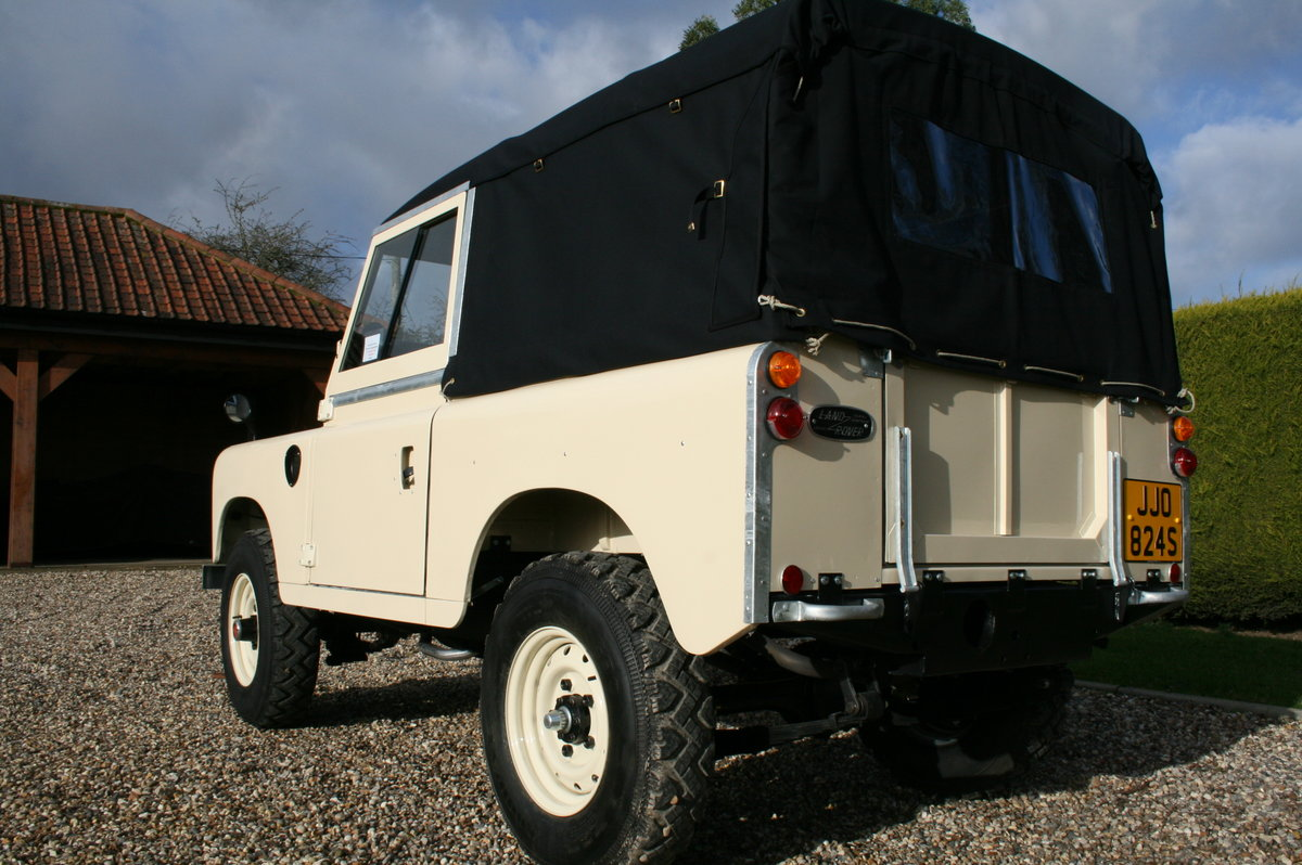 1978 Land Rover 88. Concours Condition.  For Sale (picture 2 of 6)