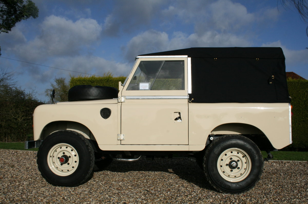 1978 Land Rover 88. Concours Condition.  For Sale (picture 6 of 6)