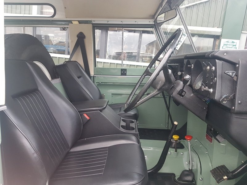 1982 LAND ROVER SERIES 3 SWB PETROL STATION WAGON For Sale (picture 4 of 6)