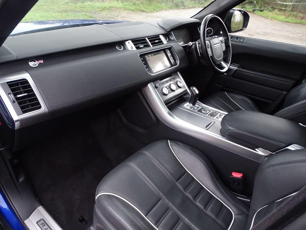 2016 Land Rover  RANGE ROVER SPORT  SVR 5.0 V8 SUPERCHARGED 8 SPE For Sale (picture 13 of 24)