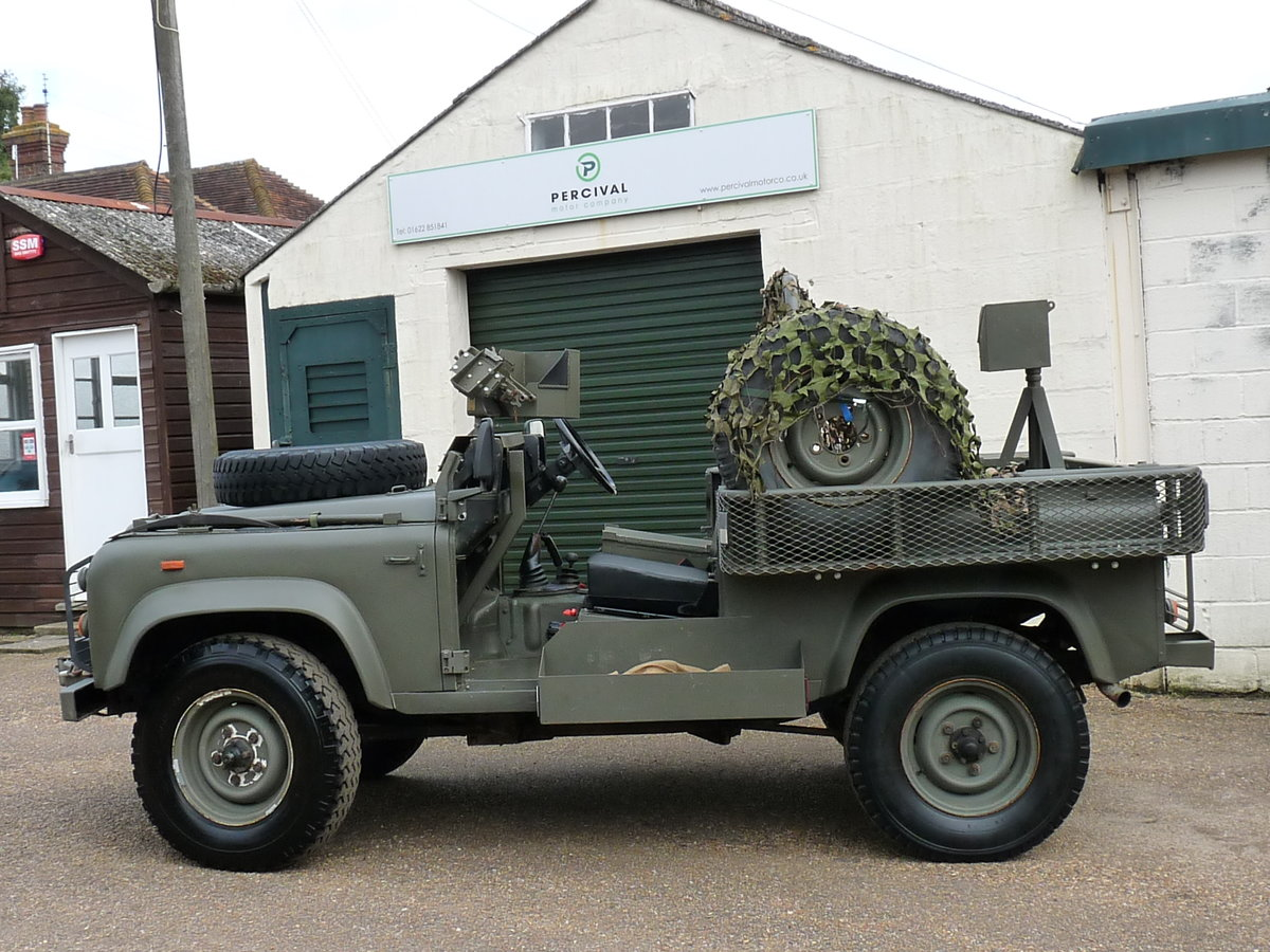 1991 Land Rover Defender 90 Pathfinder LRPV For Sale (picture 4 of 6)