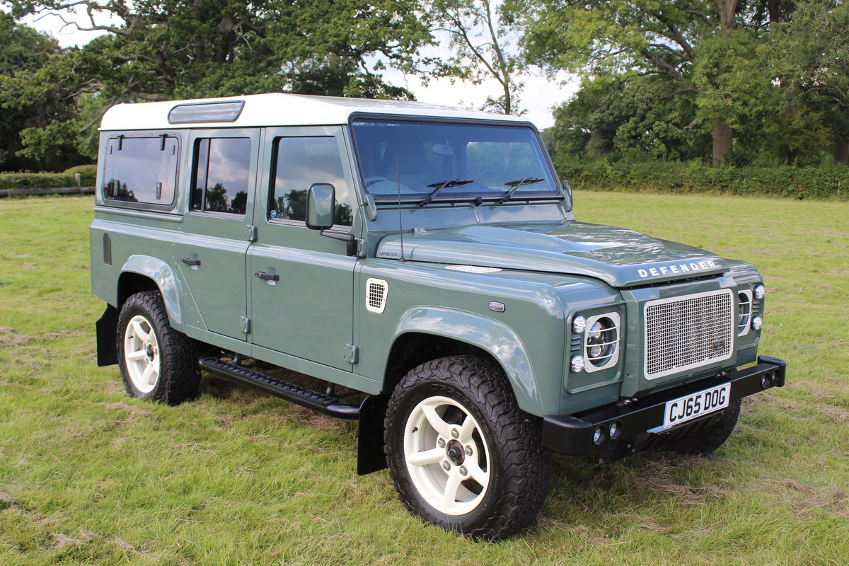 2015 Land Rover Defender 110 XS 2.2 165bhp Urban Truck For Sale (picture 2 of 5)