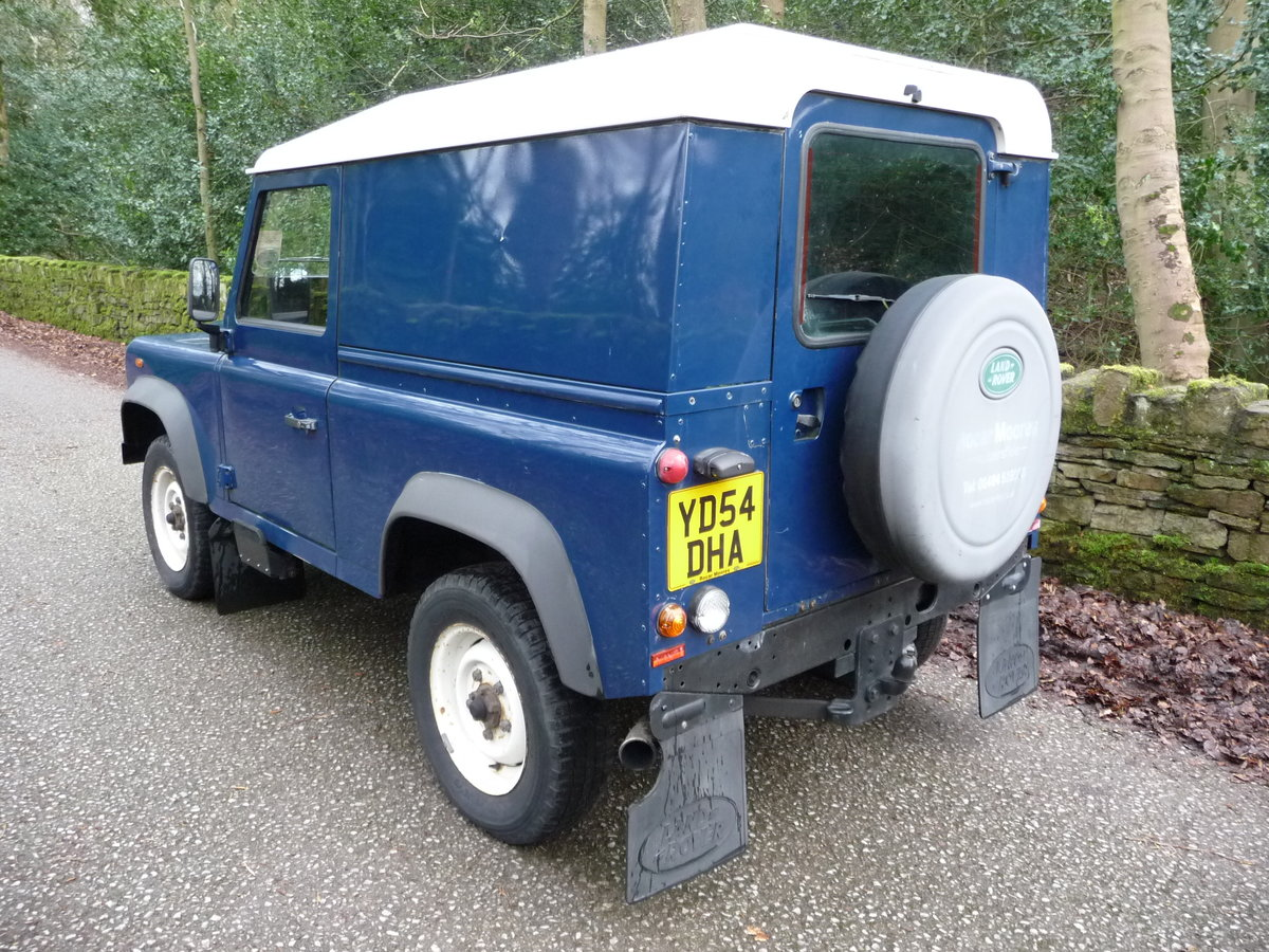 2004 LAND ROVER DEFENDER 90 – 46,000 MILES ! SOLD (picture 3 of 7)