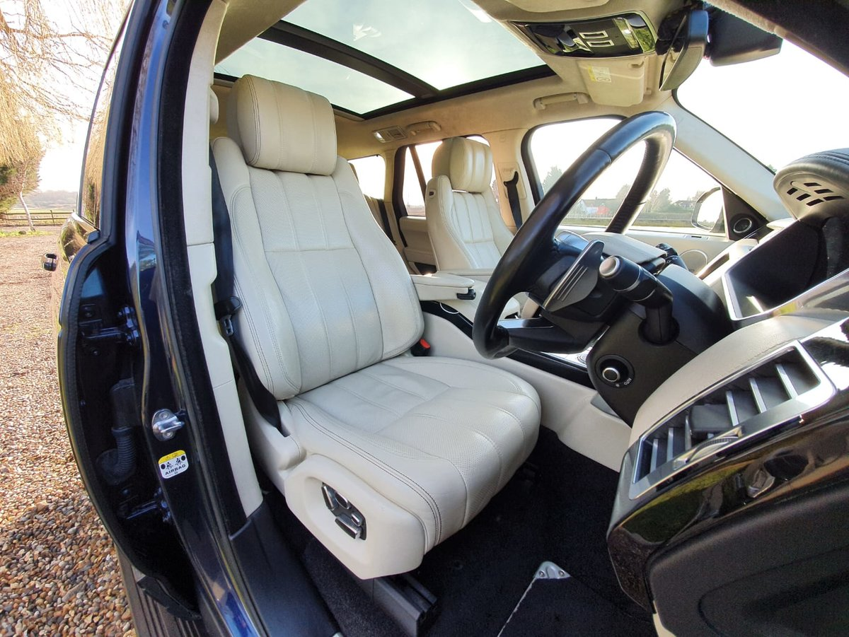 2014 Land Rover Range Rover 4.4 V8 Auto Autobiography. Stunning  For Sale (picture 2 of 6)