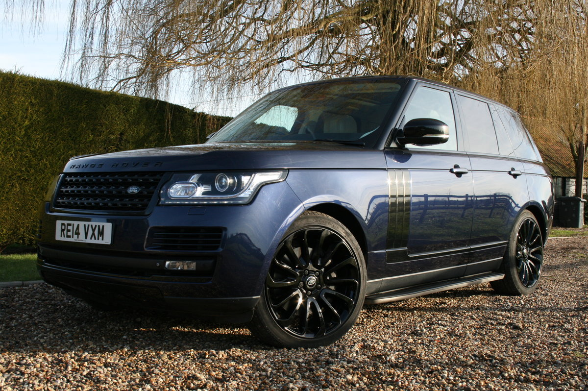 2014 Land Rover Range Rover 4.4 V8 Auto Autobiography. Stunning  For Sale (picture 3 of 6)