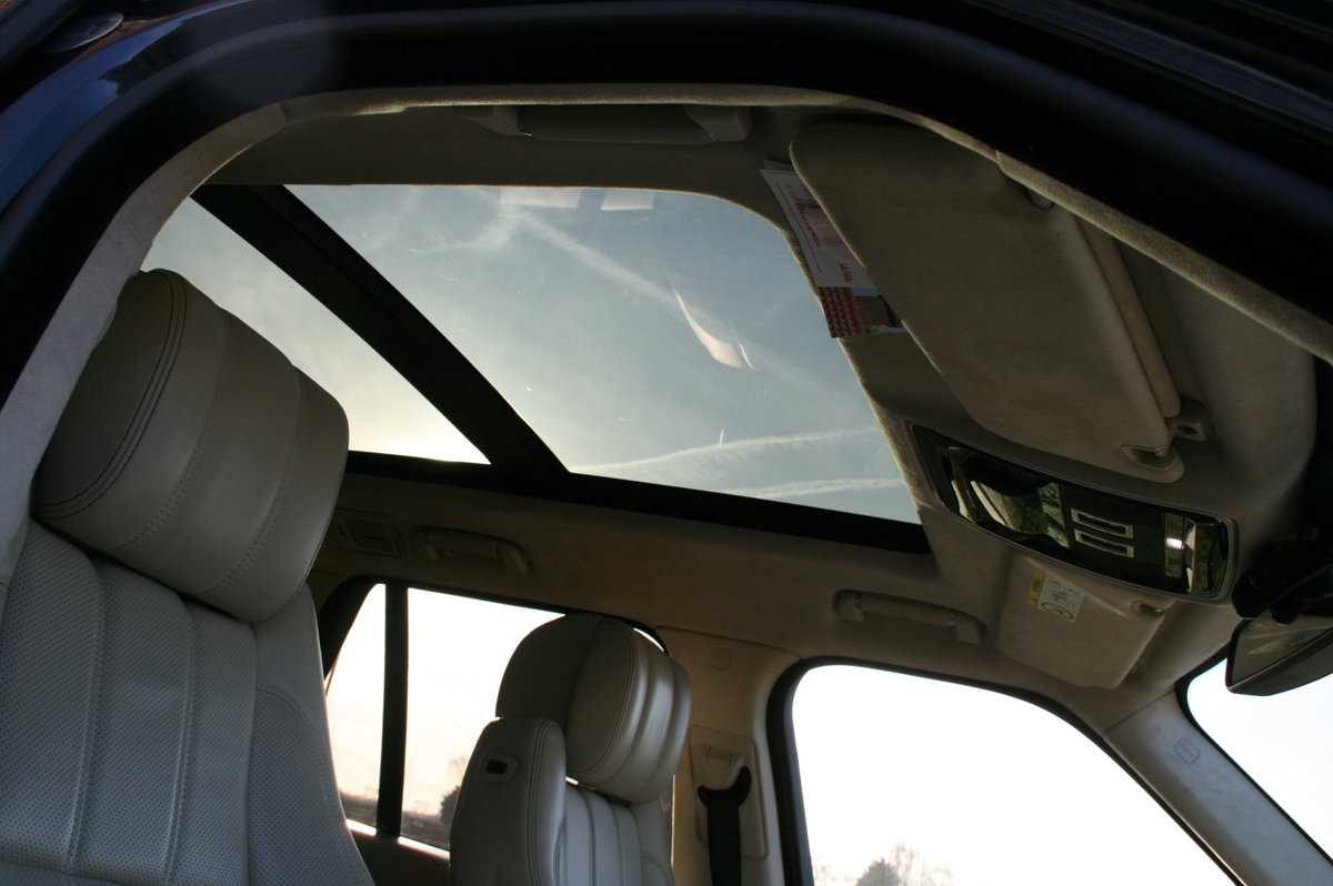 2014 Land Rover Range Rover 4.4 V8 Auto Autobiography. Stunning  For Sale (picture 5 of 6)