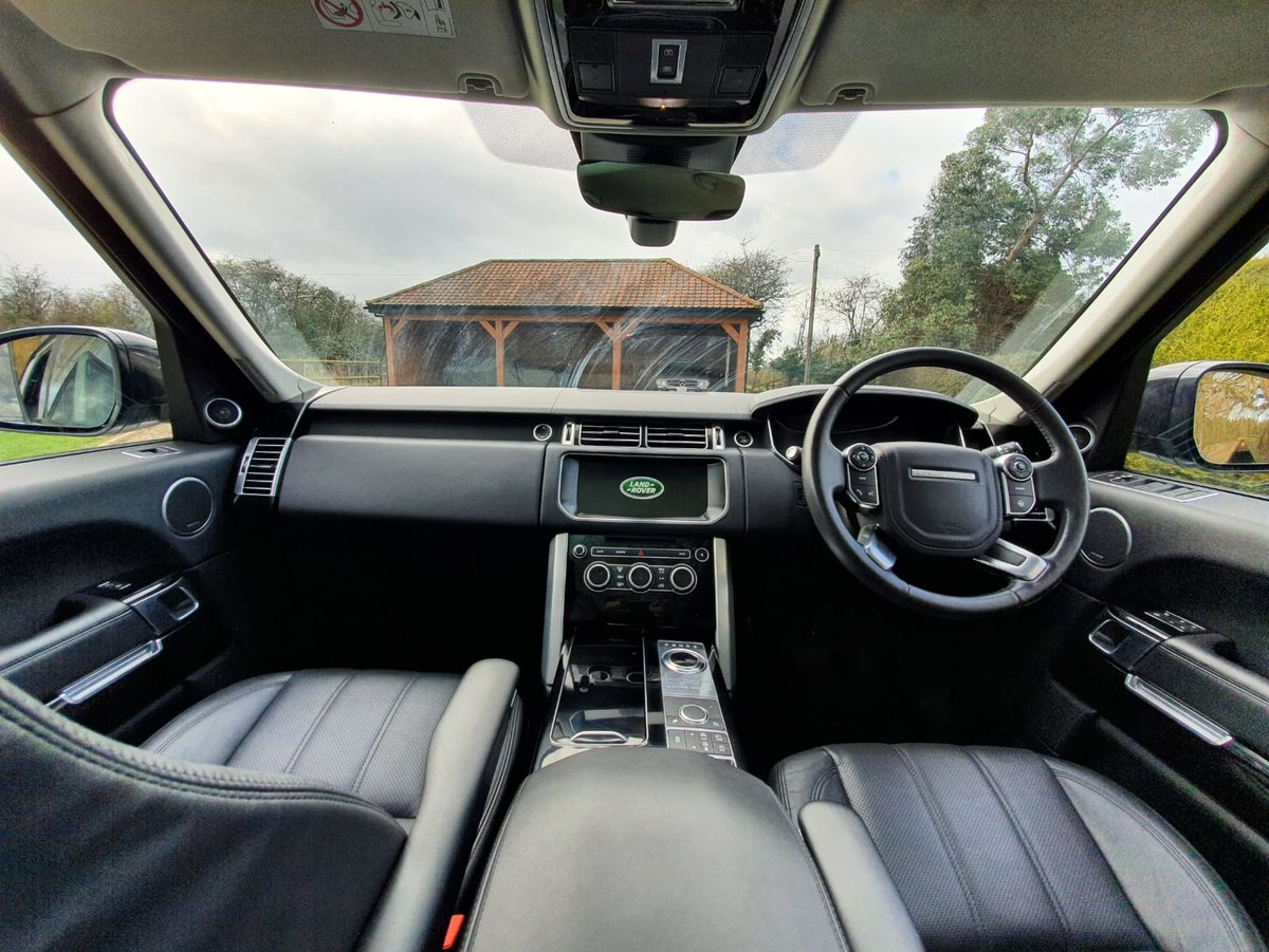 2017 Range Rover Vogue 3.0 TD V6 Auto Superb Throughout For Sale (picture 3 of 6)