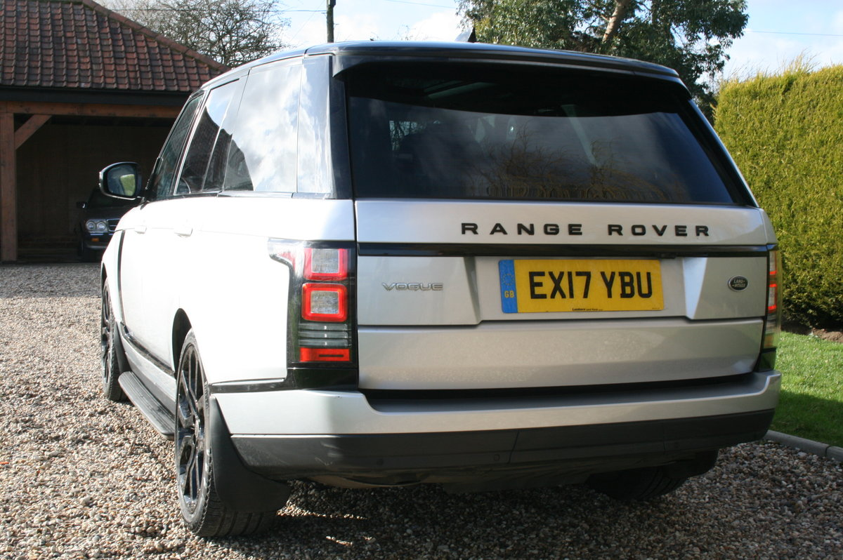 2017 Range Rover Vogue 3.0 TD V6 Auto Superb Throughout For Sale (picture 6 of 6)