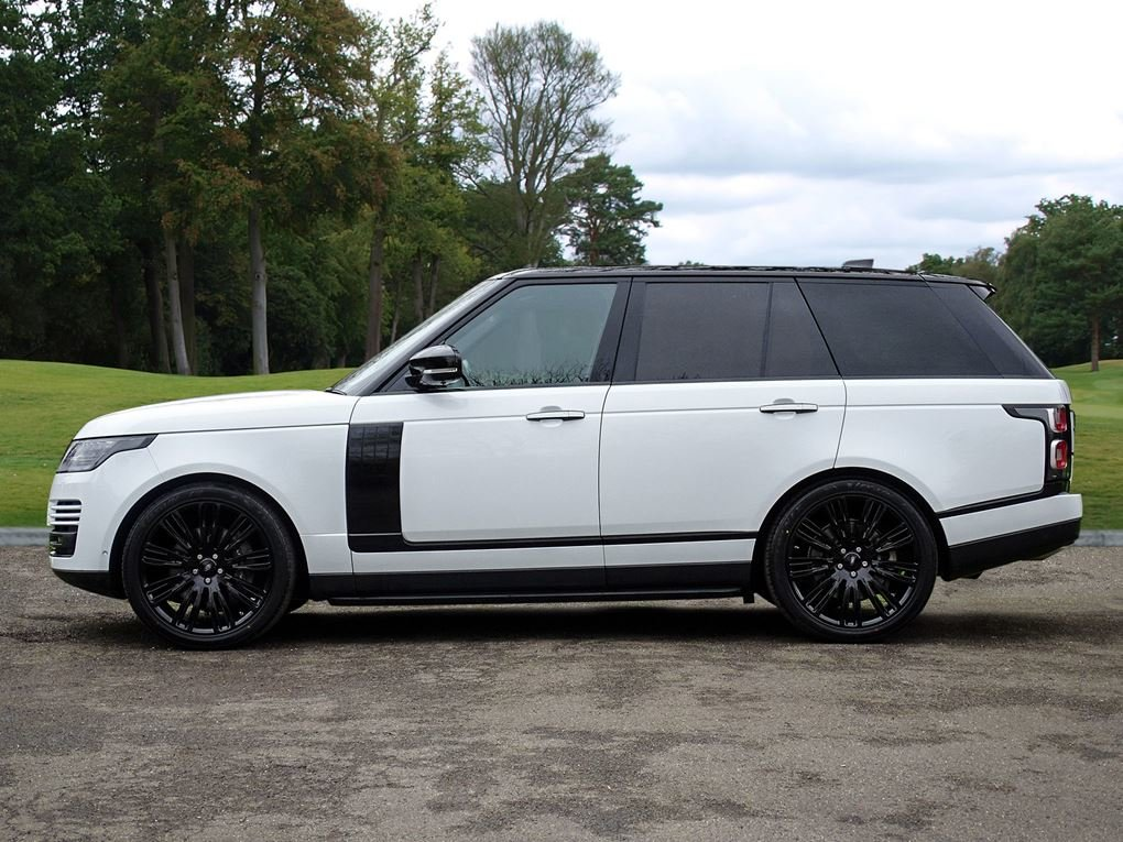 2018 Land Rover  RANGE ROVER  4.4 SDV8 VOGUE SE VAT Q EU6 8 SPEED For Sale (picture 2 of 24)