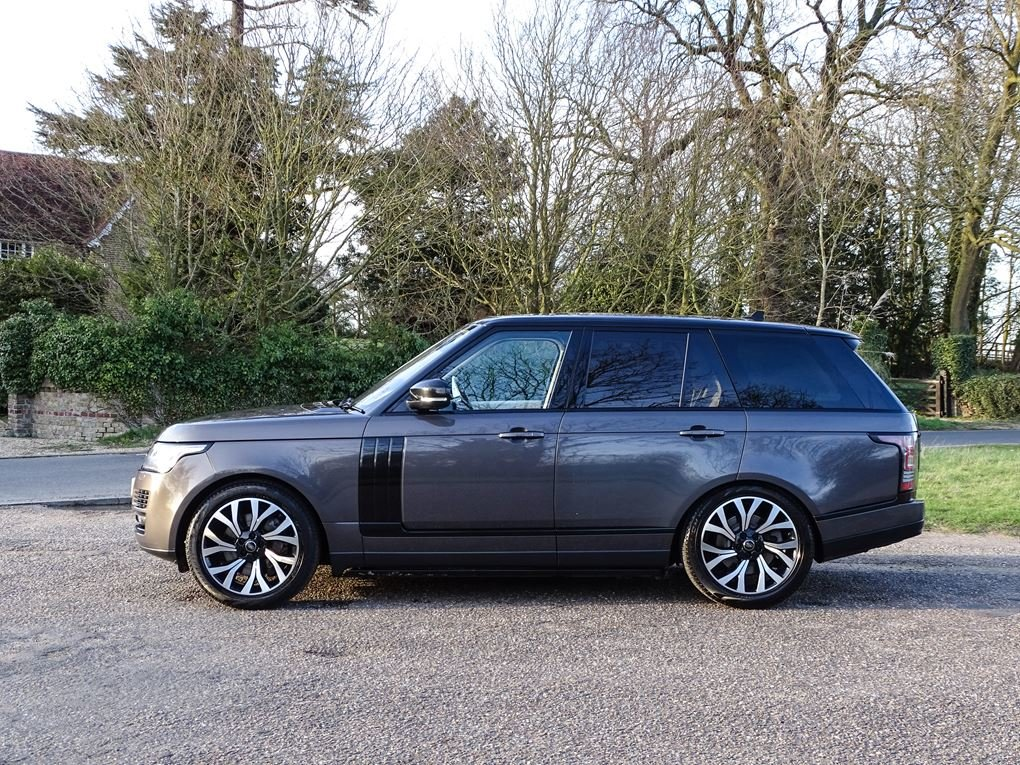2015 Land Rover  RANGE ROVER  4.4 SDV8 AUTOBIOGRAPHY AUTO  34,948 For Sale (picture 2 of 24)