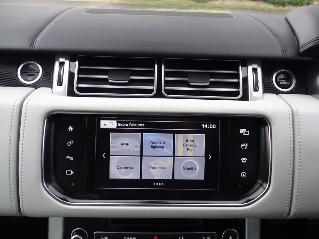 2015 Land Rover  RANGE ROVER  4.4 SDV8 AUTOBIOGRAPHY AUTO  34,948 For Sale (picture 19 of 24)