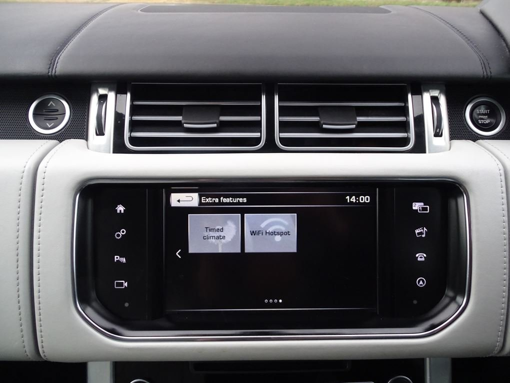 2015 Land Rover  RANGE ROVER  4.4 SDV8 AUTOBIOGRAPHY AUTO  34,948 For Sale (picture 20 of 24)