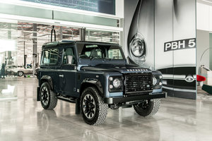 2013 Land Rover Defender 90 Works V8 70th Edition
