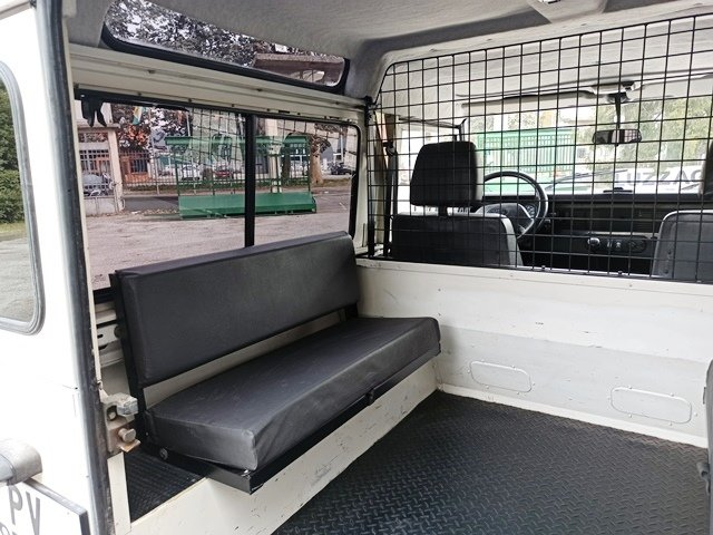 1994 LAND ROVER DEFENDER LD90 HTII For Sale (picture 5 of 6)