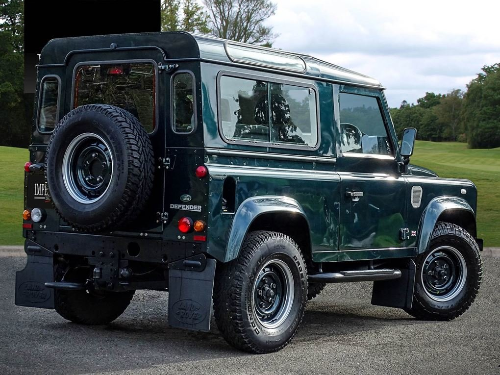 Land Rover  DEFENDER 90  TD XS STATION WAGON NO VAT 2012 MOD For Sale (picture 4 of 18)
