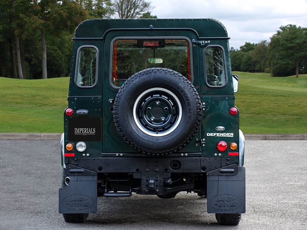 Land Rover  DEFENDER 90  TD XS STATION WAGON NO VAT 2012 MOD For Sale (picture 9 of 18)