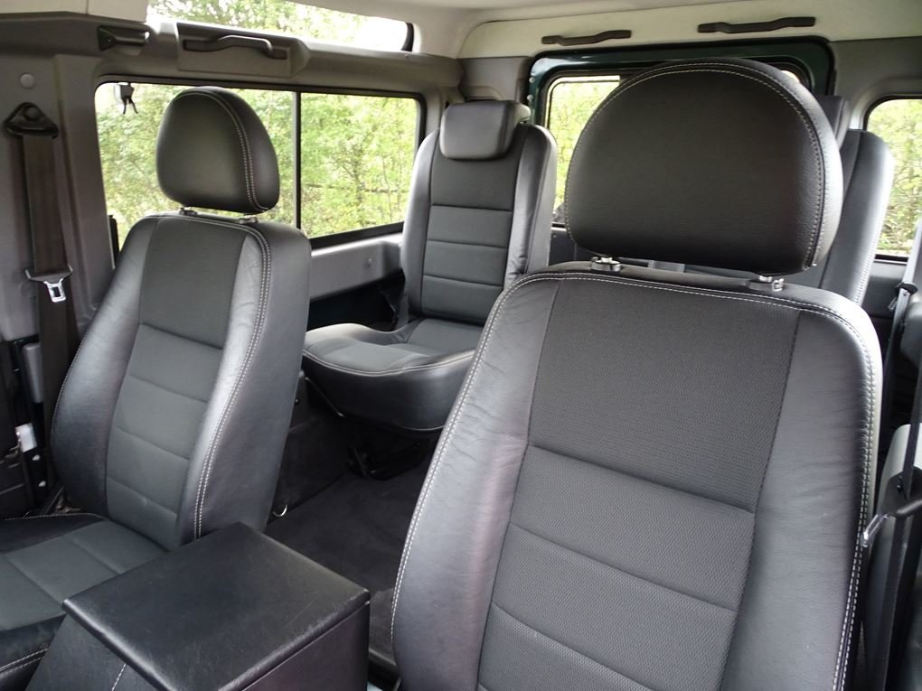 Land Rover  DEFENDER 90  TD XS STATION WAGON NO VAT 2012 MOD For Sale (picture 10 of 18)