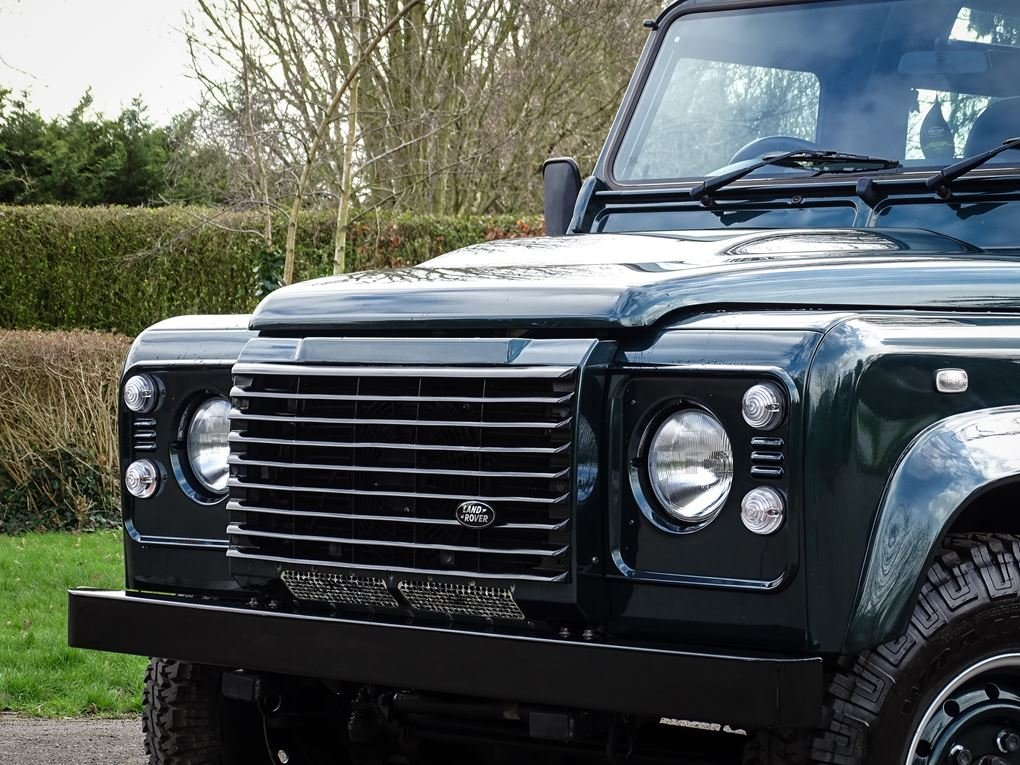 Land Rover  DEFENDER 90  TD XS STATION WAGON NO VAT 2012 MOD For Sale (picture 12 of 18)