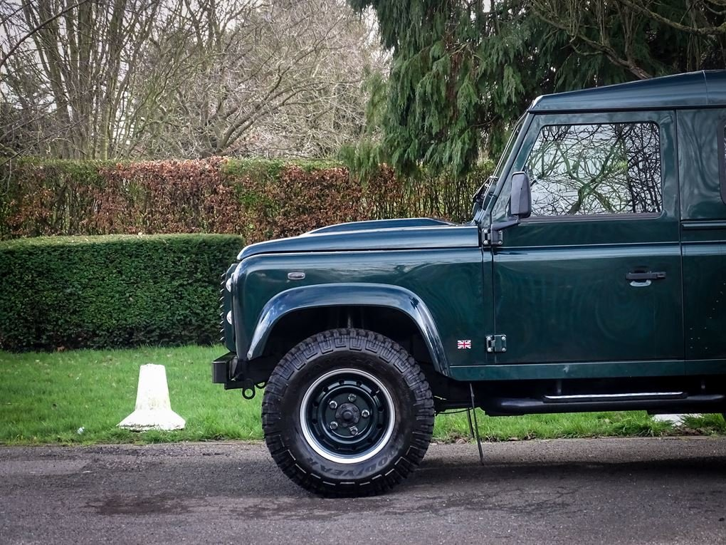 Land Rover  DEFENDER 90  TD XS STATION WAGON NO VAT 2012 MOD For Sale (picture 16 of 18)