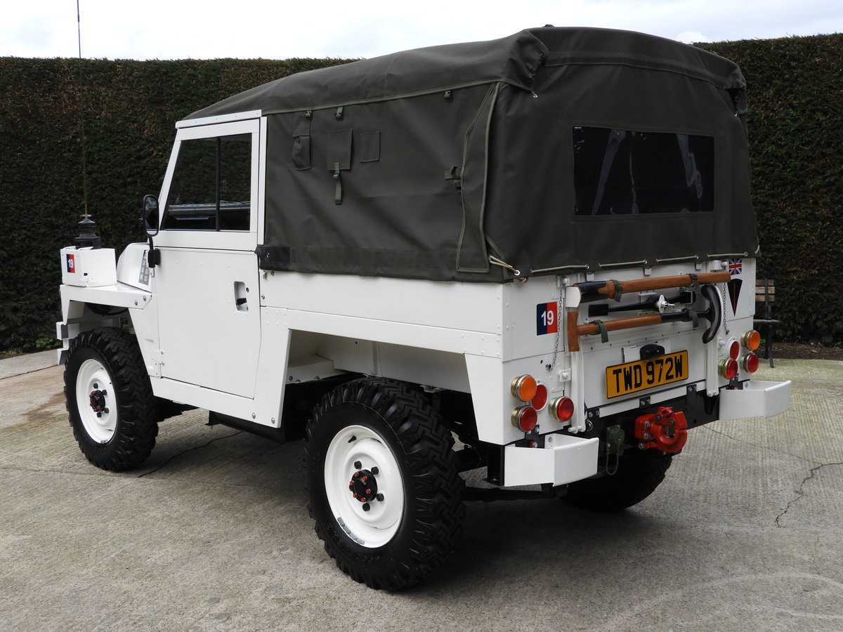 1980 LAND ROVER SERIES 3 LIGHTWEIGHT RARE ARCTIC VERSION!! For Sale (picture 4 of 6)