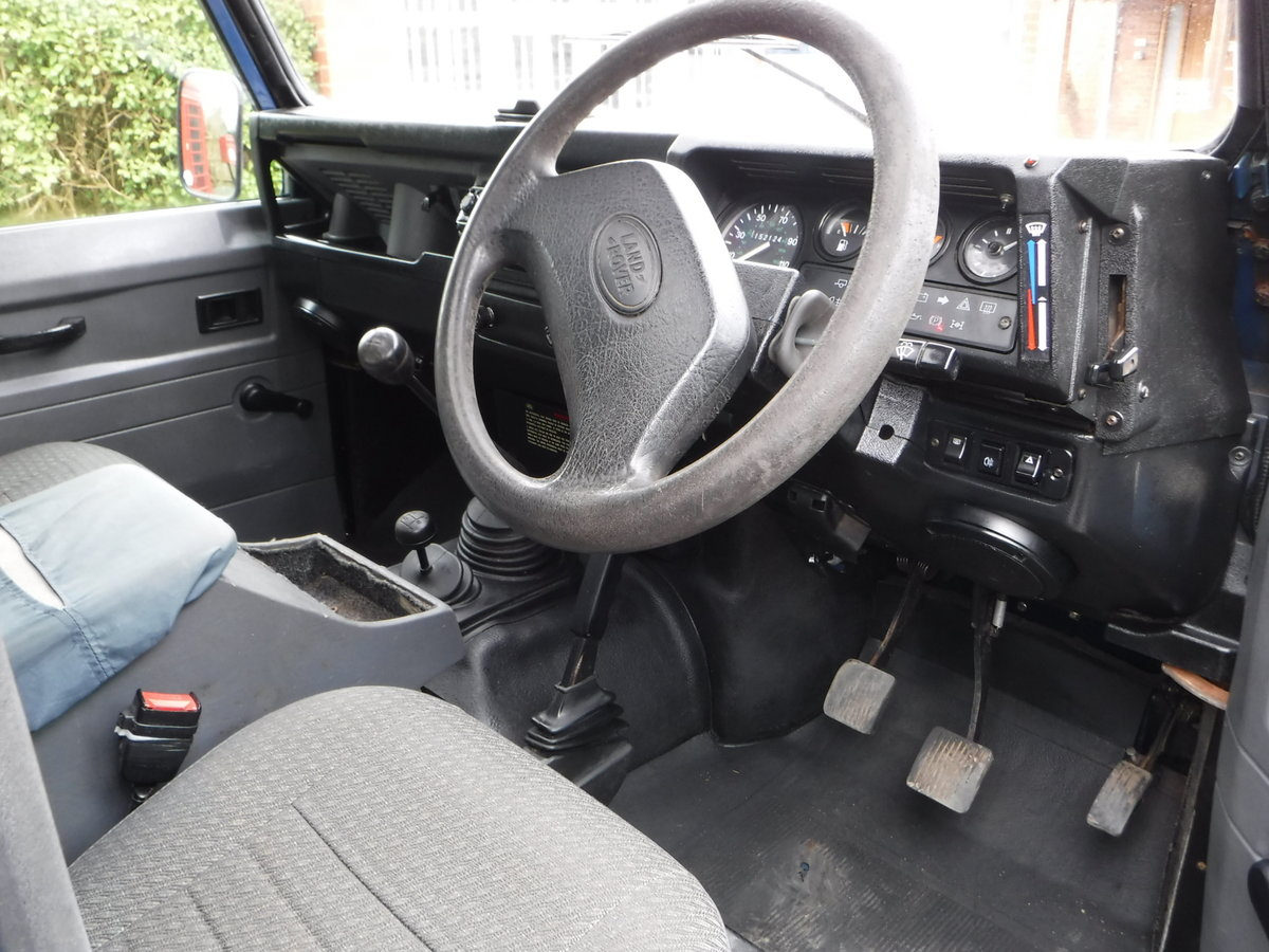 1998 Land Rover Defender 90 2.5 TDi Hard Top  For Sale (picture 5 of 6)