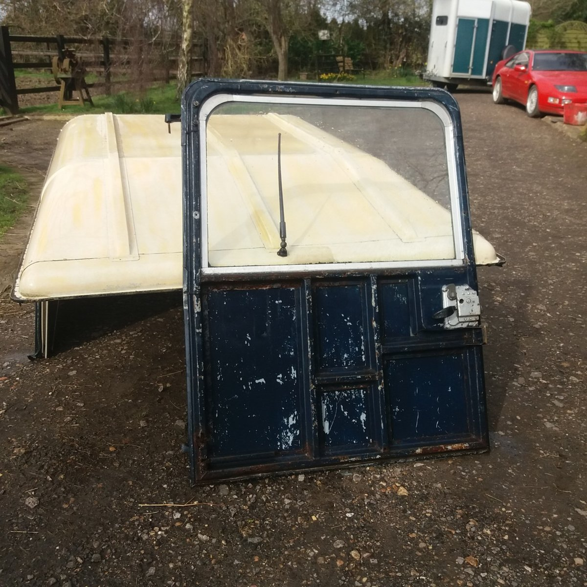 1975 Land Rover Series 3 Hard Top For Sale (picture 5 of 5)