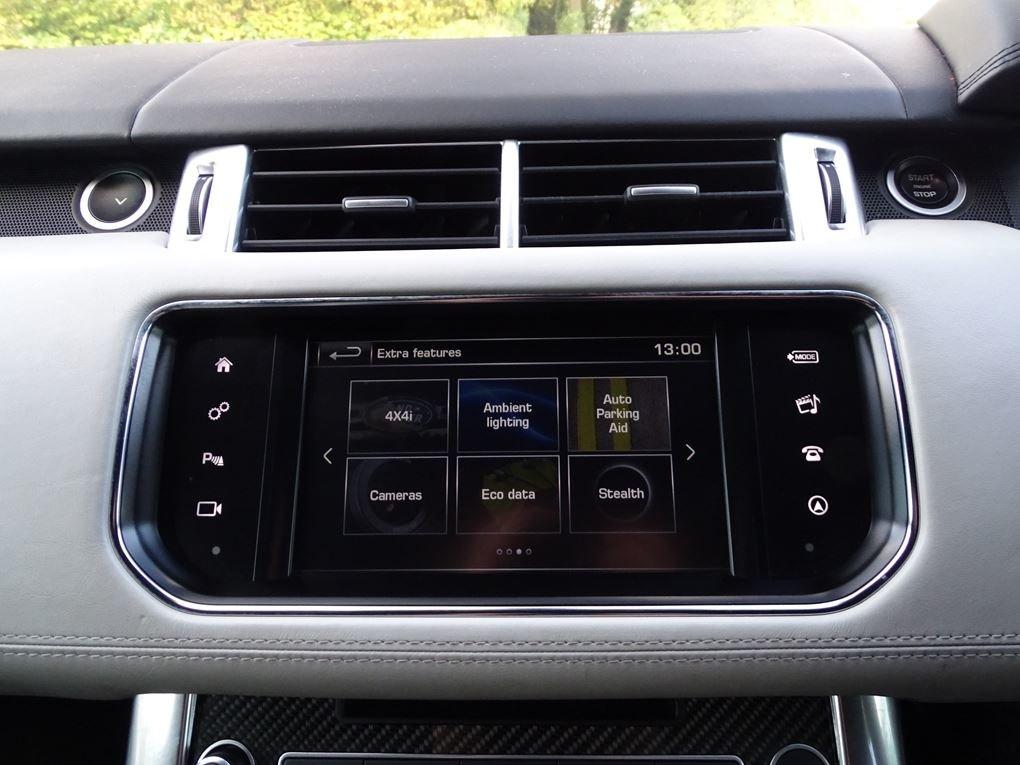 2016 Land Rover  RANGE ROVER SPORT  SVR 5.0 V8 SUPERCHARGED 8 SPE For Sale (picture 21 of 24)