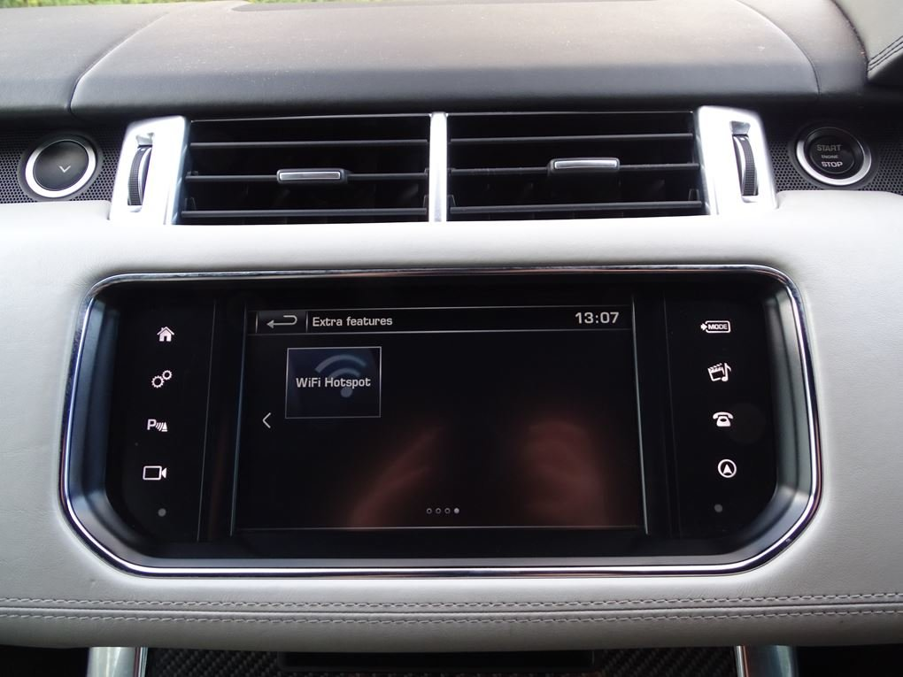 2016 Land Rover  RANGE ROVER SPORT  SVR 5.0 V8 SUPERCHARGED 8 SPE For Sale (picture 22 of 24)