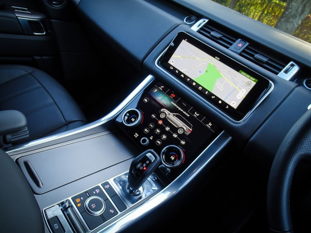 2019 Land Rover  RANGE ROVER SPORT  3.0 SDV6 HSE WITH FULL LUMMA  For Sale (picture 6 of 24)