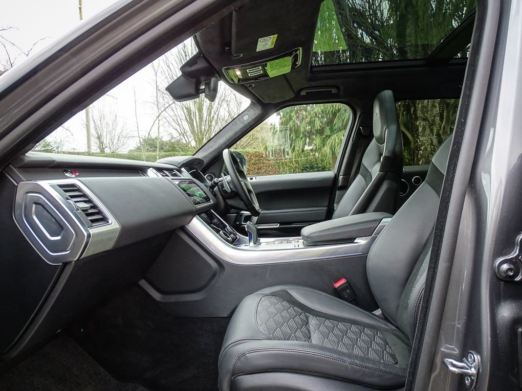 2019 Land Rover  RANGE ROVER SPORT  SVR 5.0 V8 SUPERCHARGED 575 B For Sale (picture 3 of 24)