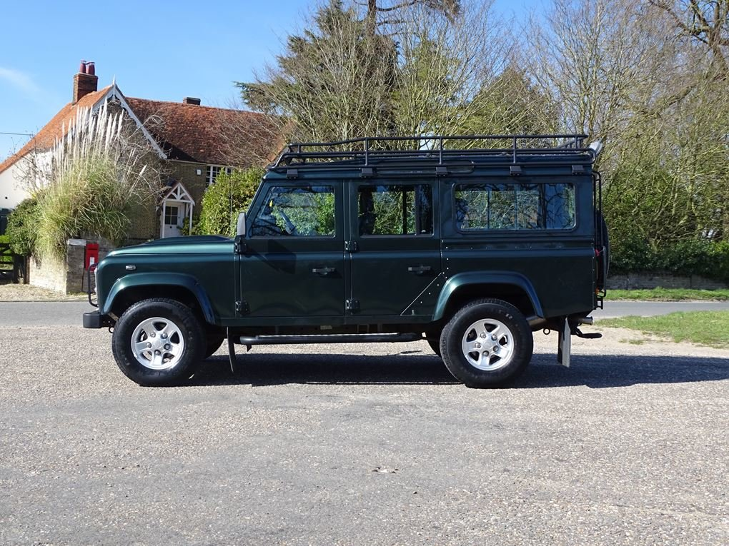 2009 Land Rover  DEFENDER  110 XS STATION WAGON  22,948 For Sale (picture 2 of 18)