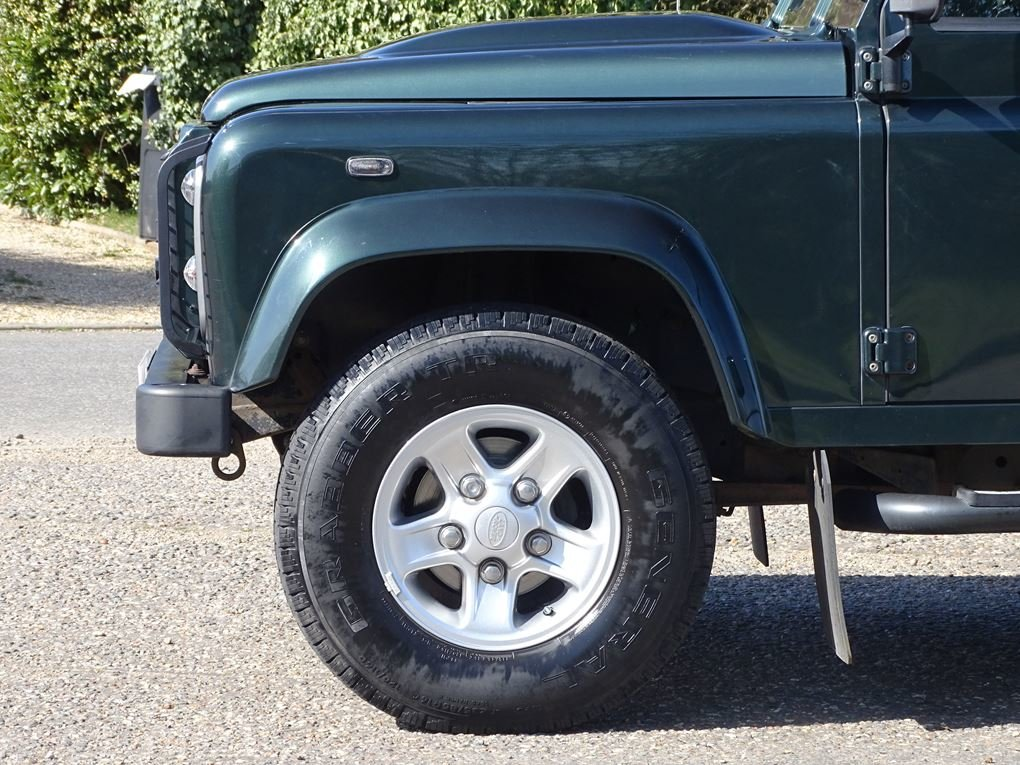 2009 Land Rover  DEFENDER  110 XS STATION WAGON  22,948 For Sale (picture 5 of 18)
