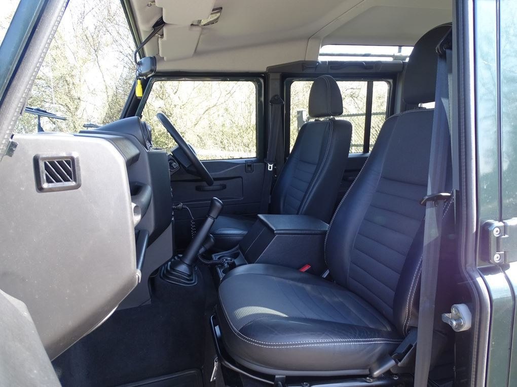 2009 Land Rover  DEFENDER  110 XS STATION WAGON  22,948 For Sale (picture 12 of 18)