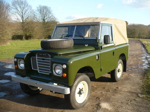 1979 Land Rover 88in Regular Soft-Top