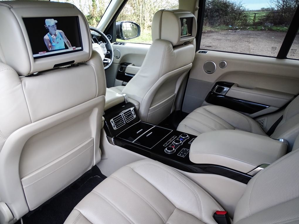 2013 Land Rover  RANGE ROVER  4.4 SDV8 AUTOBIOGRAPHY WITH EXECUTI For Sale (picture 16 of 24)
