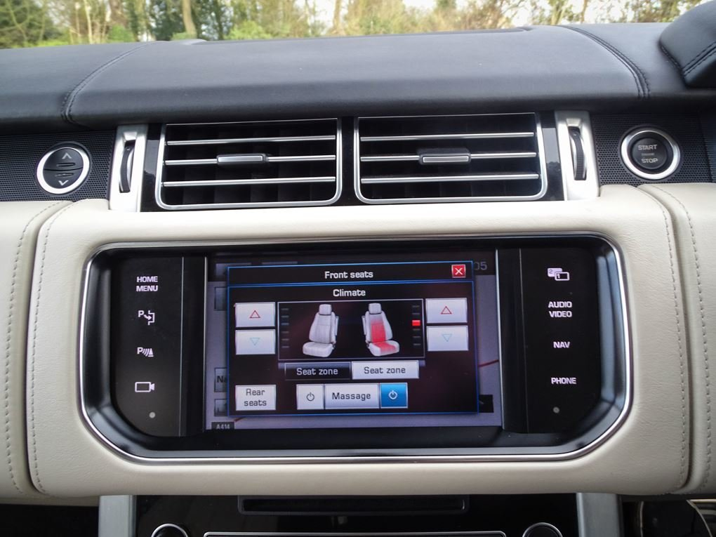 2013 Land Rover  RANGE ROVER  4.4 SDV8 AUTOBIOGRAPHY WITH EXECUTI For Sale (picture 21 of 24)