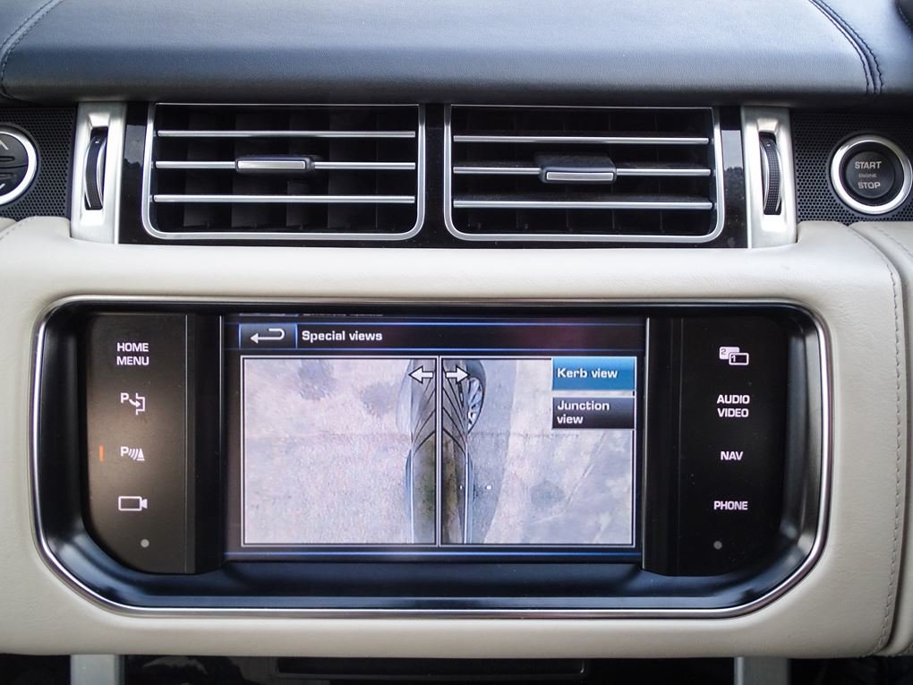 2013 Land Rover  RANGE ROVER  4.4 SDV8 AUTOBIOGRAPHY WITH EXECUTI For Sale (picture 23 of 24)