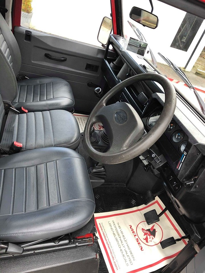 2000 Land Rover Defender 90 TD5 County Bespoke For Sale (picture 6 of 6)