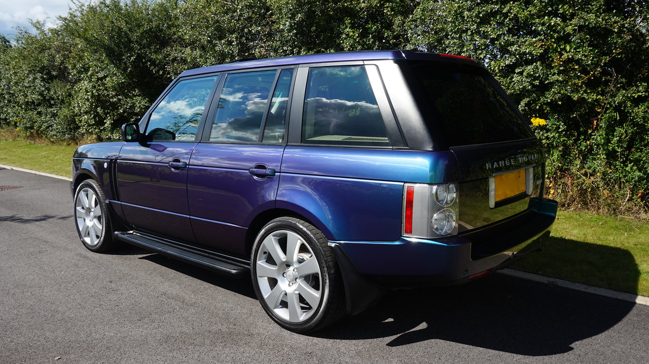 2003 Range Rover Autobiography Spectral Blue, Rear TVs For Sale (picture 2 of 6)