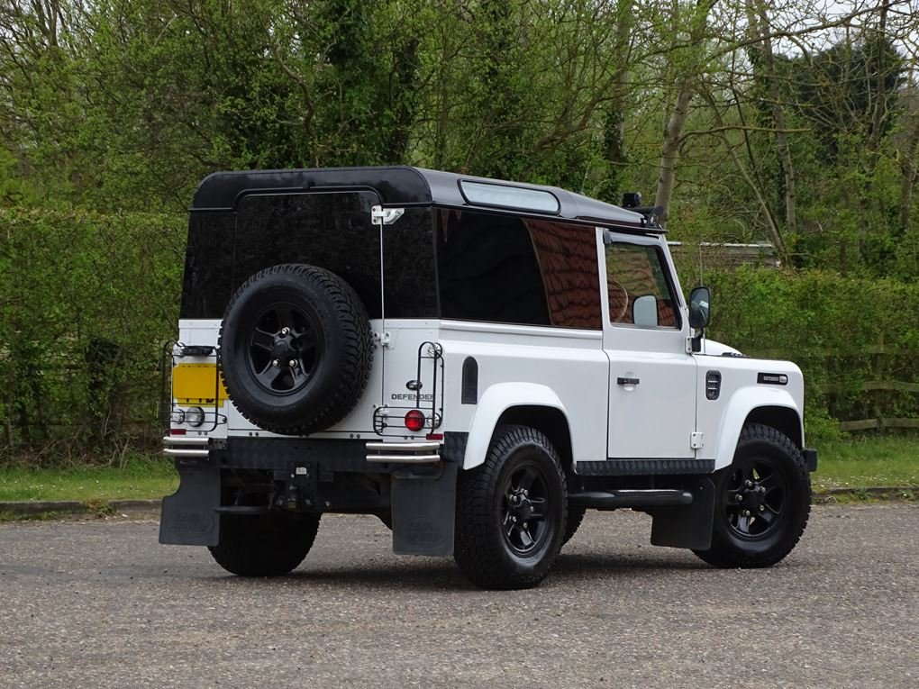 2013 Land Rover  DEFENDER 90  TD XS STATION WAGON  27,948 For Sale (picture 4 of 19)