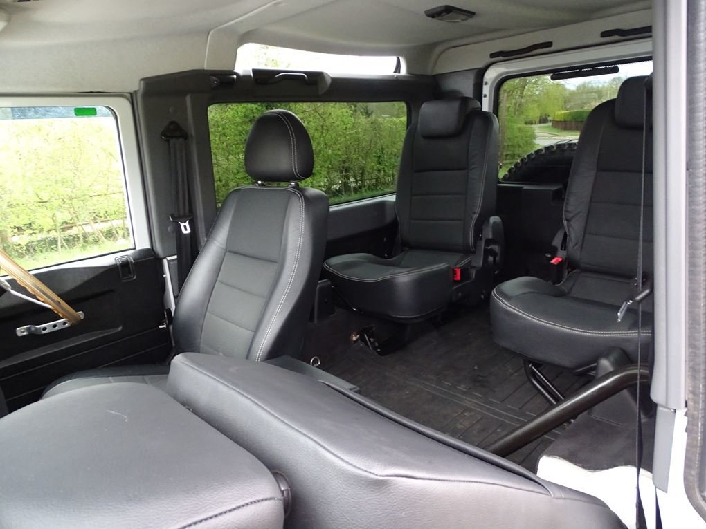 2013 Land Rover  DEFENDER 90  TD XS STATION WAGON  27,948 For Sale (picture 12 of 19)