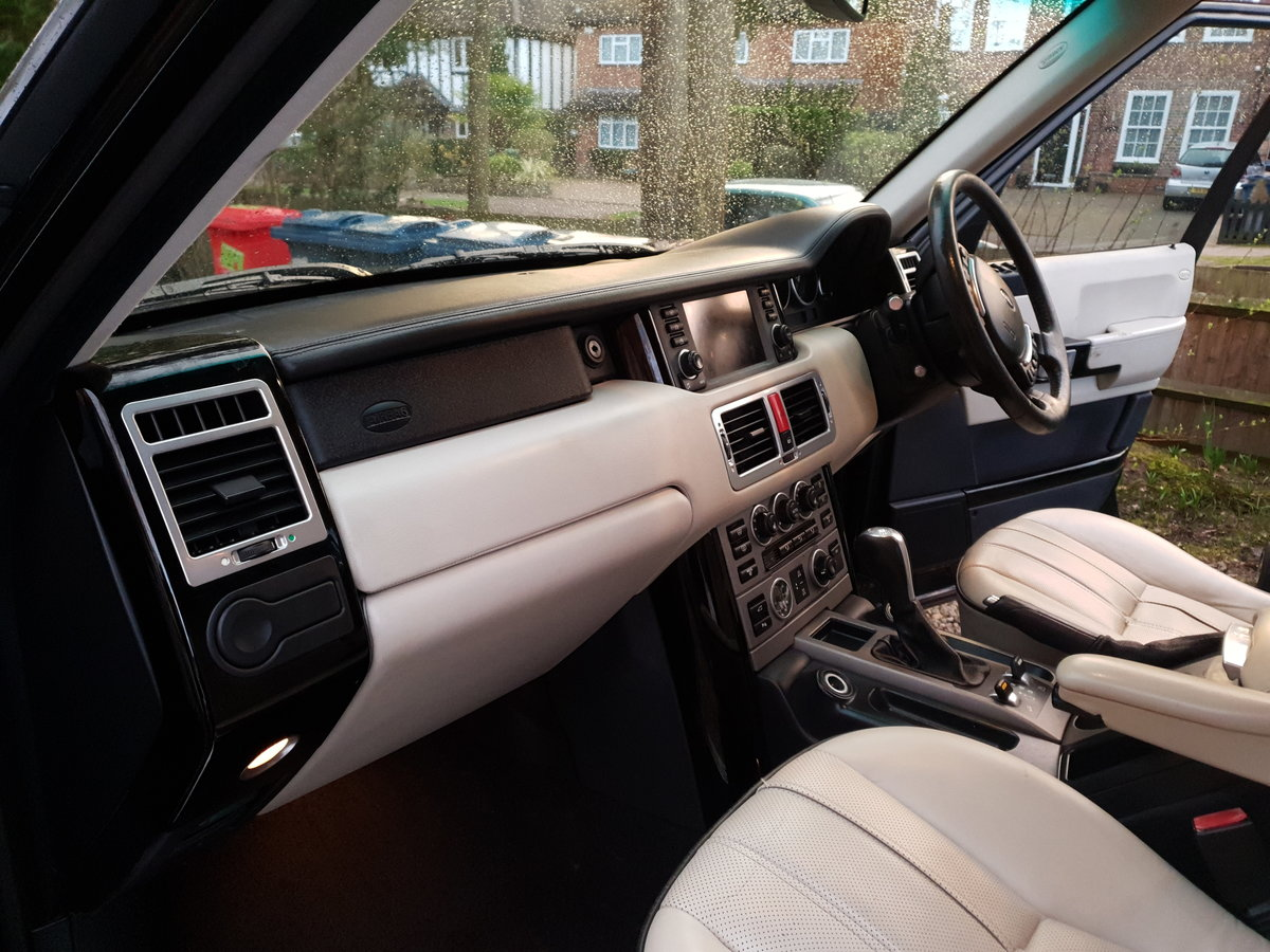 2006 A Truly Oustanding Range Rover L332 V8 SUPERCHARGED  For Sale (picture 2 of 6)