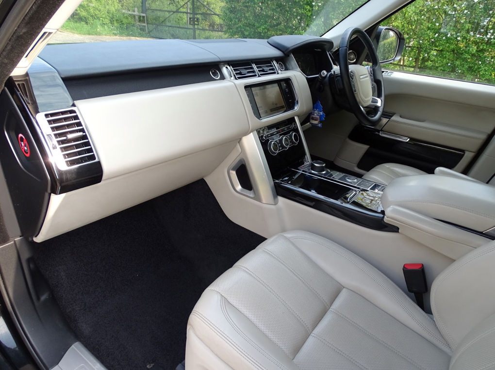2013 Land Rover  RANGE ROVER  TDV6 VOGUE 3.0 8 SPEED AUTO  24,948 For Sale (picture 12 of 24)