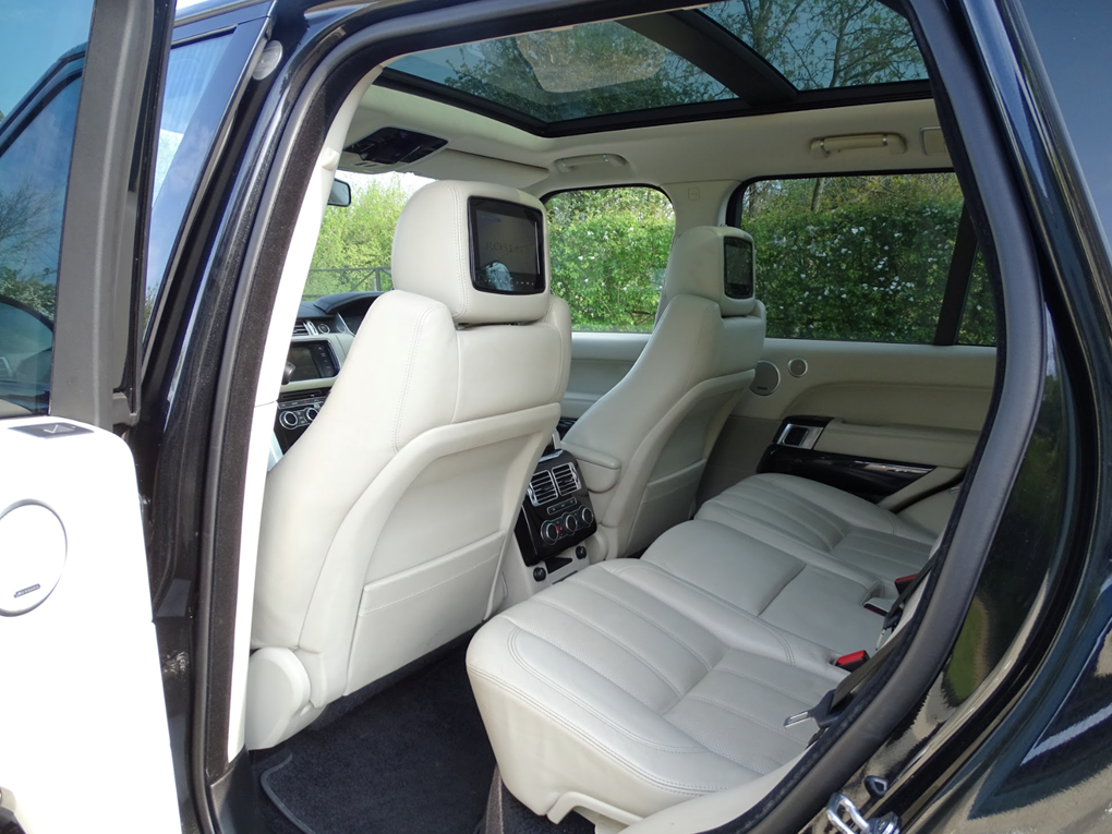 2013 Land Rover  RANGE ROVER  TDV6 VOGUE 3.0 8 SPEED AUTO  24,948 For Sale (picture 15 of 24)