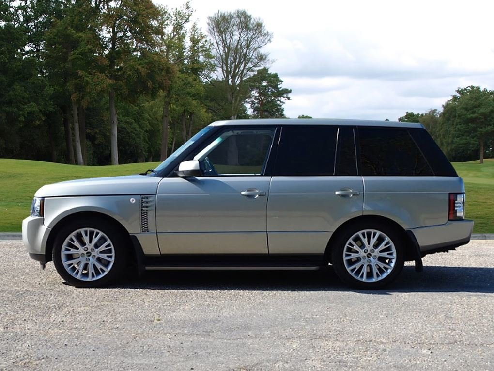2011 Land Rover  RANGE ROVER  4.4 TDV8 AUTOBIOGRAPHY 8 SPEED AUTO For Sale (picture 2 of 24)