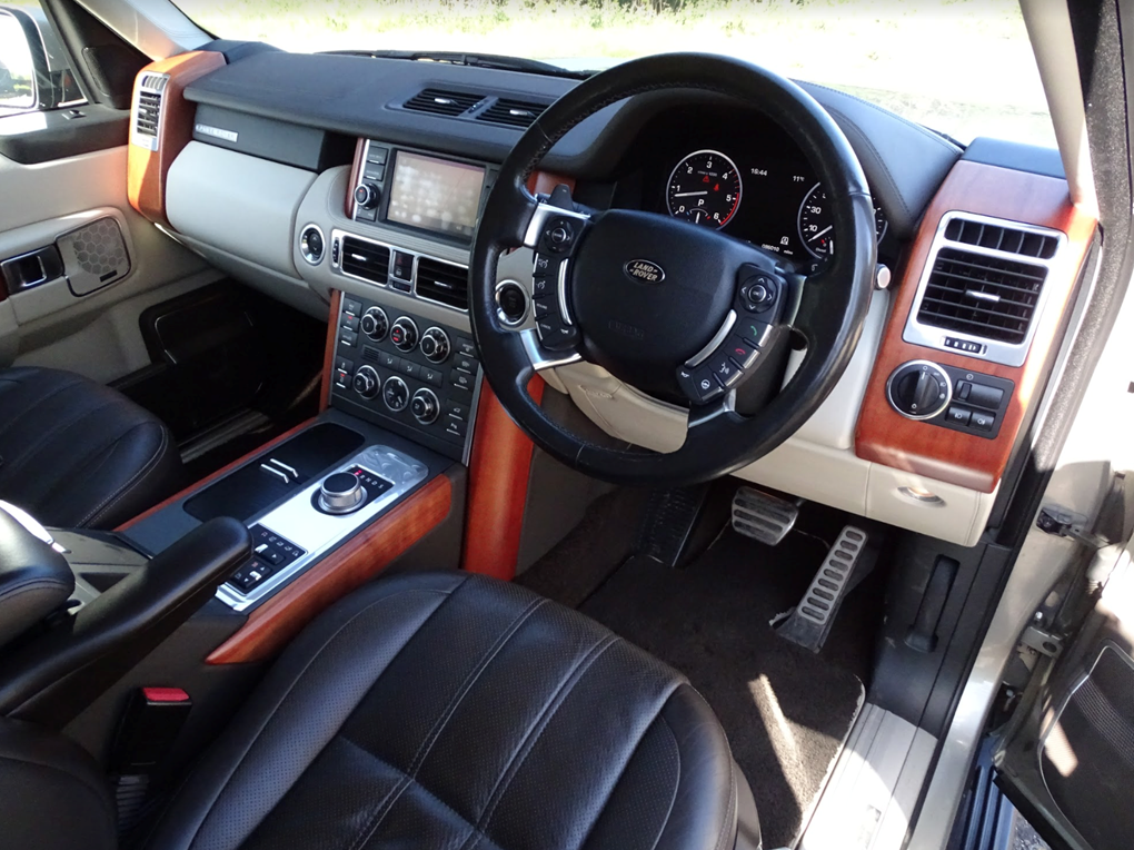 2011 Land Rover  RANGE ROVER  4.4 TDV8 AUTOBIOGRAPHY 8 SPEED AUTO For Sale (picture 8 of 24)