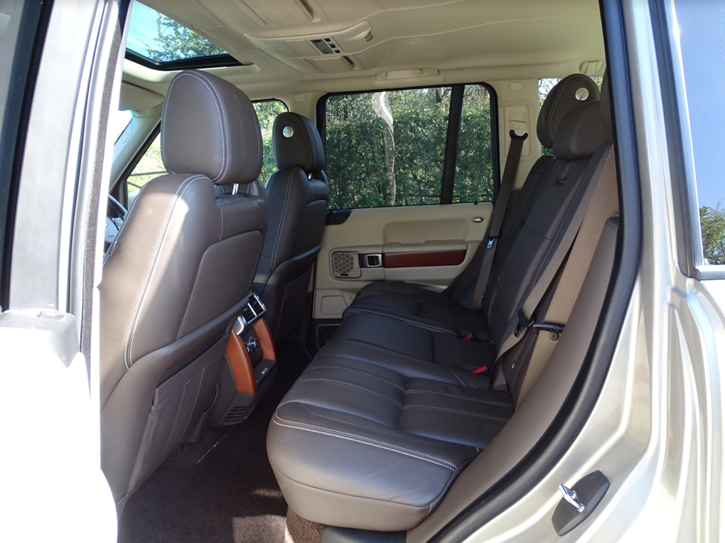 2011 Land Rover  RANGE ROVER  4.4 TDV8 AUTOBIOGRAPHY 8 SPEED AUTO For Sale (picture 13 of 24)