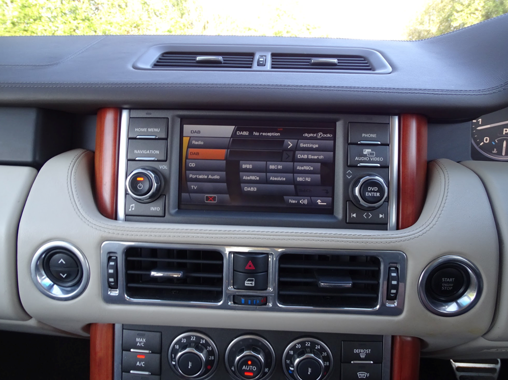 2011 Land Rover  RANGE ROVER  4.4 TDV8 AUTOBIOGRAPHY 8 SPEED AUTO For Sale (picture 24 of 24)